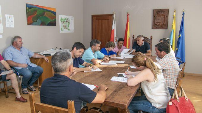 El Pleno de Hazas de Cesto aprueba la organización municipal tras rechazar PP y PSOE las ofertas de acuerdo por parte del PRC